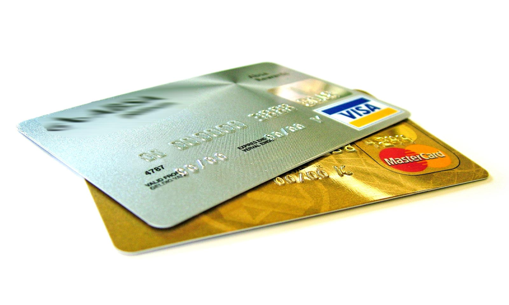 how many credit cards